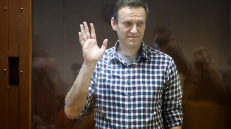 U.S and EU impose co-ordinated sanctions on Russia over Navalny's poisoning and arrest